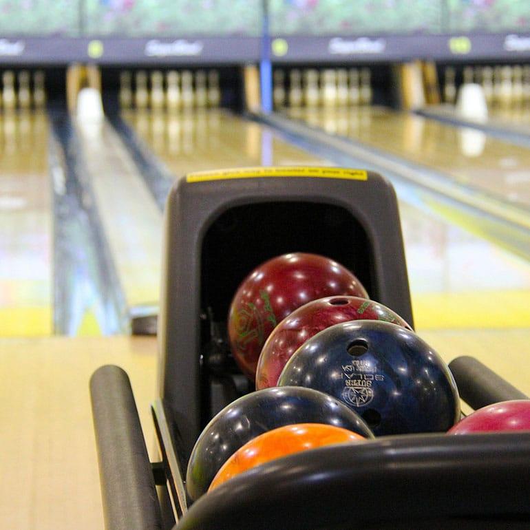 Jeux-bowling © Sharon Ang de Pixabay