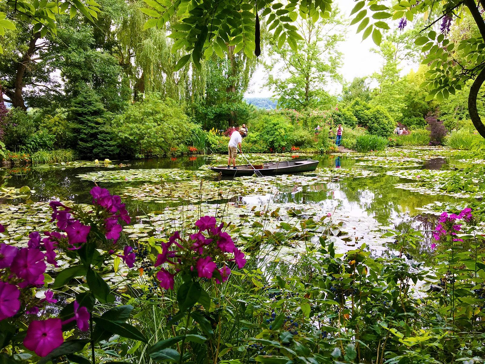 Etang aux nymphéas. Jardins de Claude Monet à Giverny © G.BOUGET